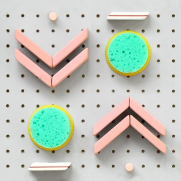 4 pink pearl erasers, 4 pencil erasers, 2 finger sponges